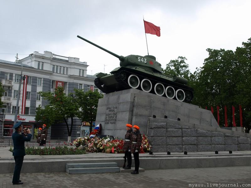 почитатели сквер танкистов рисунок произведения